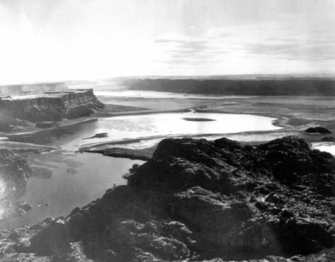 Grand_Coulee_SteamBoat_Filling